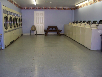 Plenty of Washers & Dryers at Jeff's Country Goods and Grocery of East Wakefield