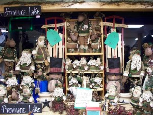 Country Christmas Gifts and Decor at Wakefield New Hampshire Country Goods and Groceries
